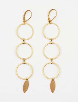 Three circle gold earrings 골드 드롭귀걸이