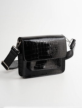 Hvisk Cayman Pocket black 스트랩크로스백